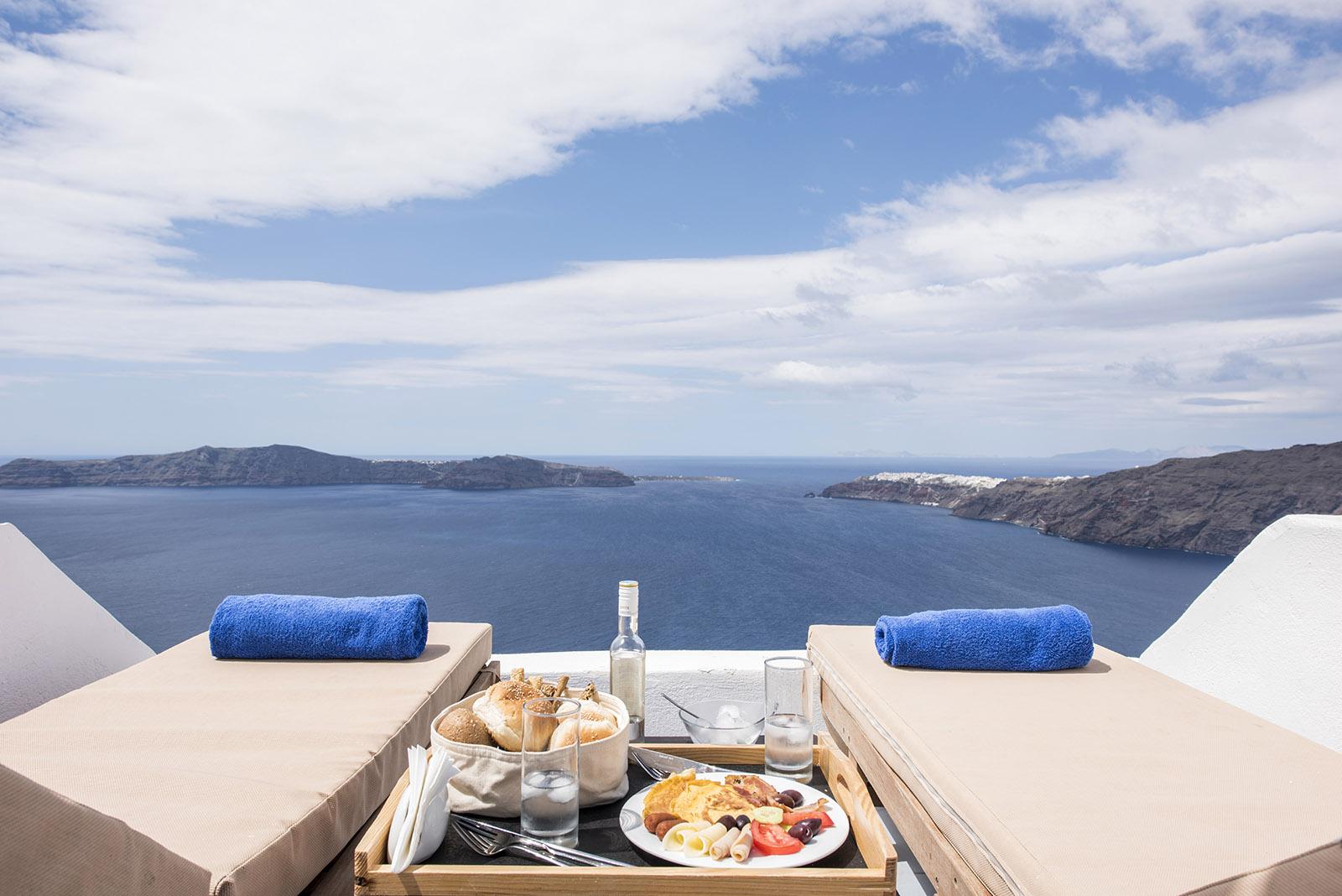 santorini accommodation - Gizis Exclusive Santorini Greece